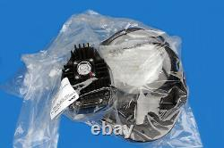 NEW VAT 65040-PA52-AST2/2534 Pendulum Control Isolation Valve 65 series