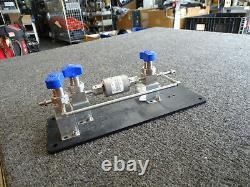 New Entegris GateKeeper Inert Gas Purification Unit CE35KFN4R, 3 Swagelok Valves