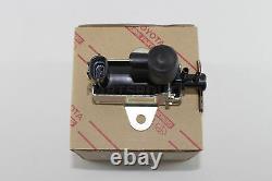 Toyota RAV4 2001-2005 OEM Vacuum Regulating Valve Assembly 1CDFTV 25819-27040