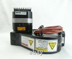 VAT 65040-PA52-AWV1 Pendulum Control and Isolation Valve 98800 Used Working